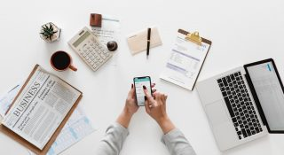 accounting-aerial-businesswoman-1043506